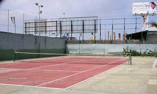 13. Bilde av tennisbanen
